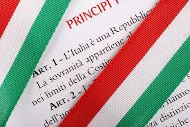 Read more about the article La battaglia a 5 stelle in difesa della Costituzione