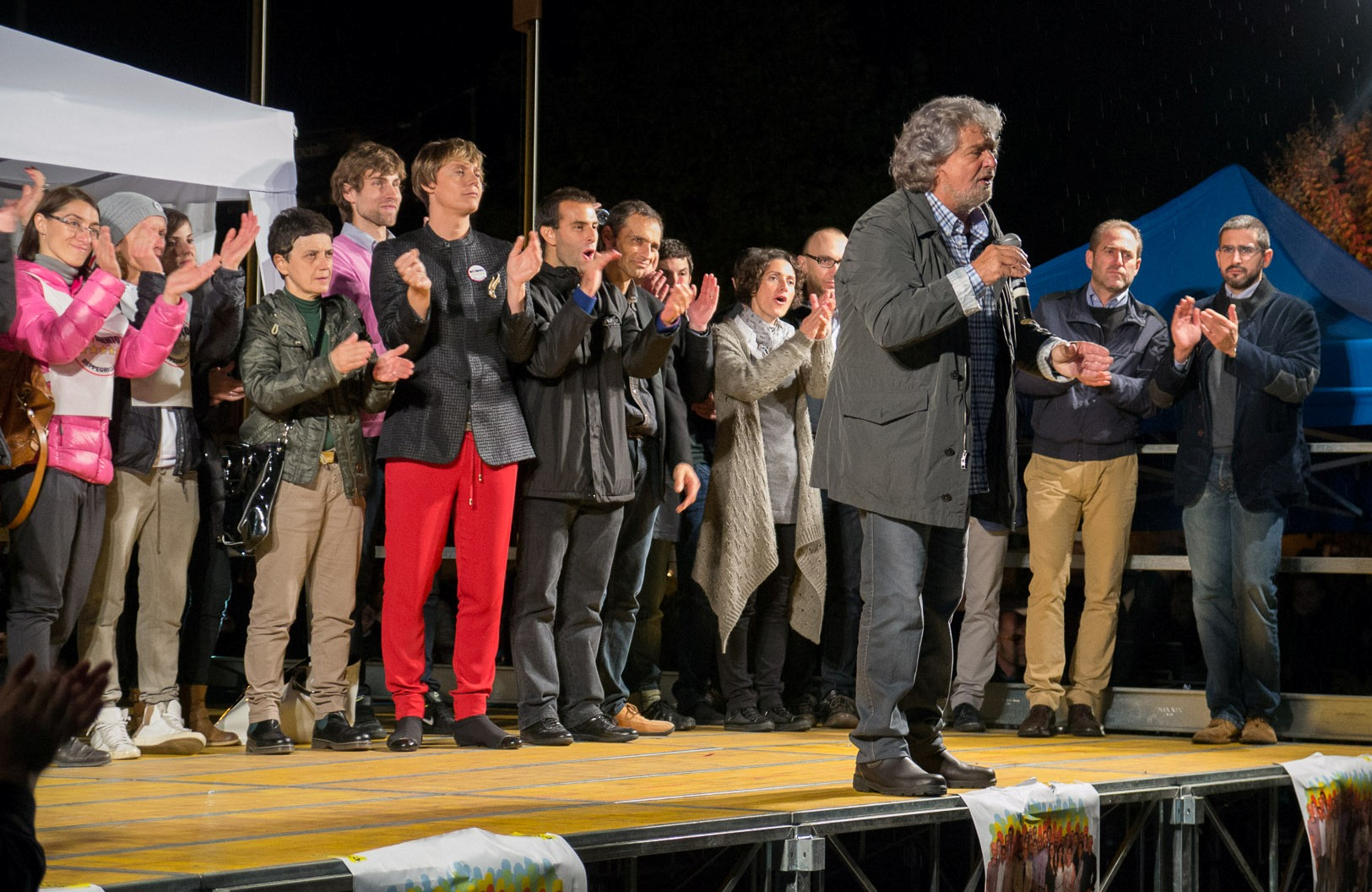 You are currently viewing I video di Beppe Grillo a Trento